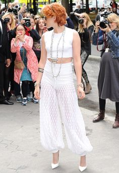 K-Stew has stepped out in Paris for the Chanel Couture show rocking her new cropped do. We're calling it; the Mom hair http://asos.to/1n45Jwz