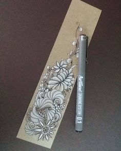 No photo description available. Tangle Doodle, Tangle Art, Zen Doodle, Doodle Art, Zentangle Drawings, Doodles Zentangles, Zentangle Patterns, Doodle Drawings, Art Drawings For Kids