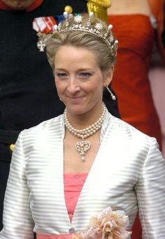 Princess Alexandra of Sayn-Wittgenstein-Berleburg wearing the Star and Pearl Tiara