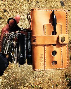 Today's EDC #leathermans #niteize #drewscustomleather #ledlenser #victorinox #countycomm