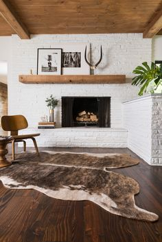 If your fireplace is in desperate need of a new appearance, you've come to the correct place! Because of this, seeing a brick fireplace is rather common, but there's more than 1 style. White brick fireplace employs unused bricks to… Continue Reading → Style At Home, Living Room Decor, Living Spaces, Living Rooms, Living Area, Kitchen Living, Apartment Living, Rustic Apartment, Cow Hide Rug Living Room