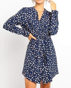 Find 2019 Autumn Floral Print Elegant Office Shirt Dress Vintage V Neck Long Sleeve Mini online. Shop the latest collection of 2019 Autumn Floral Print Elegant Office Shirt Dress Vintage V Neck Long Sleeve Mini from the popular stores - all in one Mini Vestidos, Vestidos Vintage, Vintage Dresses, Chiffon Shirt Dress, Belted Shirt Dress, Chiffon Dresses, Mini Dresses, Chiffon Fabric, Dress Shirts