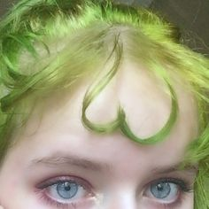aesthetic makeup red Ideas Makeup Aesthetic To Try Right Now * 39 - Aesthetic Makeup natural,art hoe Aesthetic Makeup, Aesthetic Makeup products, Aesthetic Makeup vi. Art Hoe Aesthetic, Aesthetic Hair, Aesthetic Makeup, Aesthetic Green, Hair Inspo, Hair Inspiration, Hairstyles With Bangs, Cool Hairstyles, Short Grunge Hair