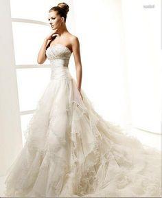 Wedding Dresses Hochzeitskleider - http://www.1pic4u.com/blog/2014/09/18/wedding-dresses-hochzeitskleider-518/