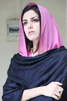 World Ethnic & Cultural Beauties Beautiful Hijab Girl, Beautiful Muslim Women, Beautiful Girl Image, Beautiful Gorgeous, Arab Girls, Muslim Girls, Pakistani Girl, Pakistani Actress, Very Good Girls