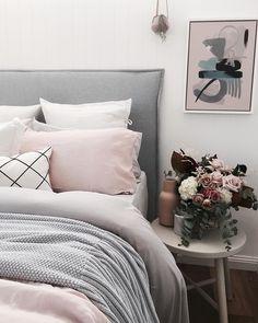 49 Inspiring Living Room Ideas For Home Dream Bedroom, Home Bedroom, Bedroom Wall, Bedroom Decor, Teen Bedroom, Home Interior, Interior Design Living Room, Bedroom Inspo, Bedroom Ideas