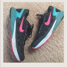 Nikes Gorgeous Nikes worn once- perfect condition. Nike Shoes