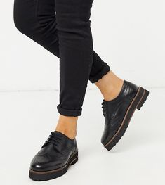 Shop for women's flats with ASOS. Discover our selection of ballet flats, oxfords, brogues, loafers, and flat boots in a range of styles and colors. Studded Leather, Leather Loafers, Black Leather, Oxfords, Black Brogues, All Black Sneakers, Asos, Lace Up Shoes, Slip On Shoes