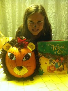 "grade literary pumpkin ""Cowardly Lion"" from the Wizard of Oz Pumpkin Decorating Contest, Pumpkin Contest, Decorating Pumpkins, Pumpkin Ideas, Halloween Games, Halloween Projects, Halloween Pumpkins, Halloween Ideas, Book Character Pumpkins"