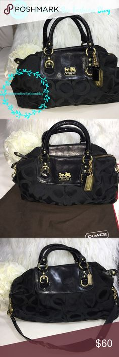 """🎀 Coach vintage handbag purse shoulder bag Really nice authentic quality bag. Can be used as a handbag or shoulder bag. Strap is removable. Has make up stain on the inside bag.(price-adjusted) see all photos. They don't make them this stylish anymore. Size: 15x9""""    🎀""""Add to bundle"""" to add more items from my closet or """"Buy"""" to checkout now.  🎀Get to know me! 💗Showing you how to style your looks at www.Queenbeefashionblog.com SUBSCRIBE.   🎀 Let's be friends! Follow me on Instagram…"""