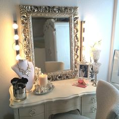 The vanity of vegas_nay. Get inspired & see more amazing Beauty Room Designs at http://thebeautyroom.abeautyfulworld.com/.