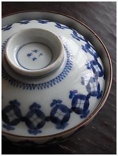 I have these rice bowls. They are so beautiful. I have ice cream or sherbet in them. Biddy Craft/Japanese Imariyaki ware (ca.1700)