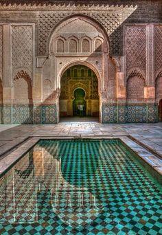 Simply stunning Moroccan architecture // L'architecture marocaine est tout simplement magnifique