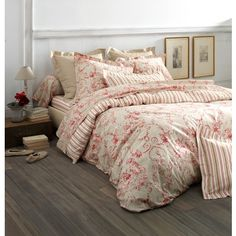 1000 images about small bedrooms mood board on pinterest for Housse de couette laura ashley