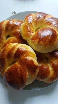 Ramadan recipes 531987774730149314 - Petit pain turque Source by nanouguerrero Homemade Bagels, Homemade Dinner Rolls, Ramadan Recipes, Ramadan Desserts, Food Snapchat, Easy Casserole Recipes, Turkish Recipes, Snacks, Meals For One
