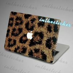 FUN - macbook decal Air or Ipad Stickers Macbook Decals by inthesticker Leopard Fashion, Animal Print Fashion, Animal Prints, Der Leopard, Leopard Animal, Apple Computer, Macbook Decal, Macbook Case, Cheetah Print
