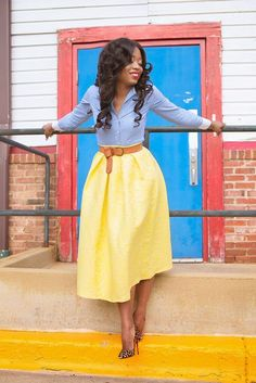 pale yellow midi skirt / chambray top / brown belt / leopard heels / spring outfit   Midi skirt on http://www.jadore-fashion.com