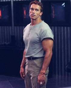 Arnold Schwarzenegger hd wallpaper, best Inspirational and Motivational Quotations for life