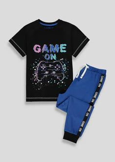Matalan have a fantastic range of Boy's lounge pants and pyjamas available now! Kids Pjs, Boys Pajamas, Pyjamas, Latest Boys Fashion, Boy Fashion, Fashion Outfits, Kids Nightwear, Camo Designs, Lounge Pants