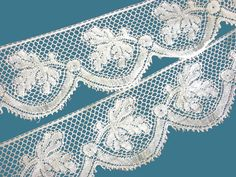 Antique French Leaf Patterned Bobbin Lace with Scalloped Border - Point de Paris - 3 yards 33 Inches