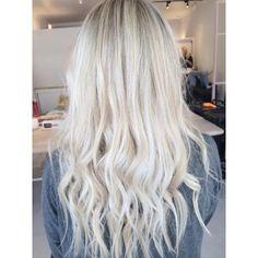 TRANSFORMATION: Magnificent Blonde Sombre | Modern Salon