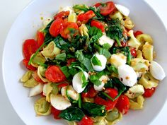 Summer in a Bowl | Caprese Tortellini with Spinach
