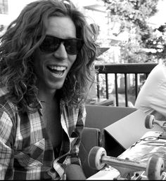 I don't know what it is, but Shaun White is so attractive to me. He always seems so happy Shawn White, Beautiful Men, Beautiful People, Redhead Men, Celebs, Celebrities, Cute Guys, Celebrity Crush, Pretty People