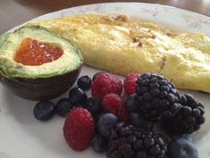 Taco flavored ground beef omelet, berries, and avocado with salmon roe: 1/13/13
