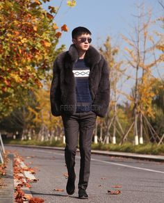 Men's Fox fur jacket, crafted of Premium Fox fur. Dyed to Gray color. Bomber jacket design in cropped length. Fur Bomber, Bomber Jacket, Fox Fur Jacket, Mens Fur, Being Good, Men's Coats And Jackets, Good Looking Men, Mens Fashion, Style Fashion