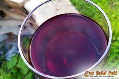 Ezt fald fel!: Meggybor készítése házilag – házi meggybor recept Food And Drink, Drinks, Drinking, Beverages, Drink, Beverage