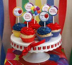 Balloon cupcake toppers