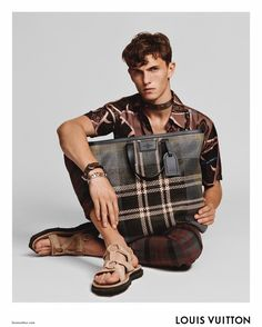 Kim Jones took his instagram to unveiled a first look at the Spring/Summer 2017 campaign of Louis Vuitton, featuring Luc Defont Saviard photographed by Alasdair McLellan and styled by Alister Mackie.