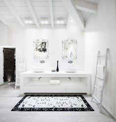 una realizzazione splendida di un bagno di prestigio :) #interiordesign #bathroom #brescia