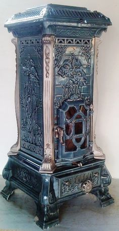 """Monopole Art Nouveau, France, Multi-fuel blue heating stove by Deville, Antique Wood Stove, How To Antique Wood, French Antiques, Vintage Antiques, French Stove, Blog Art, Monopole, Jugendstil Design, Old Stove"