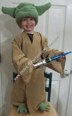 Homemade Star Wars Yoda Halloween Costume Idea: This homemade Star Wars Yoda Halloween costume idea was for my little boy Josiah who is 2 and a big Star Wars fan!  The first this that I knew I had to