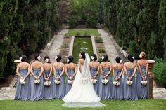 10 bridesmaids? too many, but i love the photo