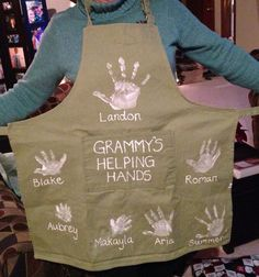 Handprint apron gift for Grandma!