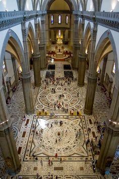Basilica di Santa Maria del Fiore in Firenze. I don't think I got such a great arial shot. Amazing floor.