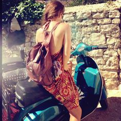 #rutbag summer. The 'Marley' vintage style leather backpack street snap with LUV HANDLES the bike boutique. Classic Vespa. Love.