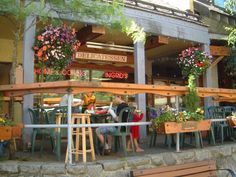 There are so many great places to choose from when it comes to breakfast in Whistler. Here's our guide to the top 10 places to go. Great Places, Places To Go, West Los Angeles, Pacific Palisades, Whistler, Investment Property, Weekend Trips, Santa Monica, Pergola