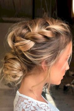 Pretty updo hairstyle ideas to try 2017 (70)
