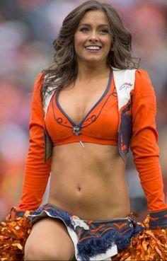New York Jets Cheerleaders Denver Bronco Cheerleaders, Broncos Cheerleaders, Hottest Nfl Cheerleaders, Denver Broncos, Hot Football Fans, College Cheerleading, Professional Cheerleaders, Ice Girls, Female Athletes