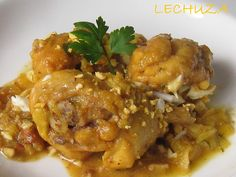 """Chicken in """"Pepitoria"""". It is one of the tastiest recipes of Spanish cuisine. Not easy to do but you've never tried a dish so different. This recipe I have found (photo by photo) is made by traditional grandmothers in Spain. Spanish Cuisine, Spanish Food, Pollo Guisado, Great Recipes, Healthy Recipes, Tasty, Yummy Food, People Eating, Mediterranean Recipes"""