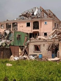Photos/Videos: School principal dies, millions of properties destroyed in Lagos pipeline explosion-operanewsapp Cabin, Mansions, Photo And Video, House Styles, Home Decor, Lakes, Decoration Home, Manor Houses, Room Decor