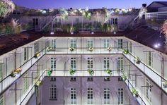 Nel centro di Torino, a 50 passi dalla bellissima Piazza San Carlo, e più precisamente in via Alfieri 6 si trova Palazzo Valperga Galleani, un...