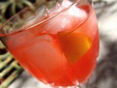 Georgia Peach (2 oz peach schnapps 1 oz vodka  4 oz lemonade 1/8-1/4 oz grenadine)