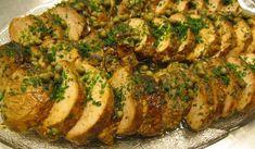 Oxfile som marineras, stekes i ugn och marineras igen, ätes kall. Fungerar lika bra med fläskfile. Perfekt att förberedas dagen innan. Chutney, Hummus, Pesto, Broccoli, Zucchini, Pork, Chicken, Vegetables, Cooking