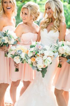 Pretty spring bouquets: http://www.stylemepretty.com/little-black-book-blog/2016/03/29/rustic-elegant-winery-wedding-filled-with-diy-details/ | Photography: Aga Jones - http://agajonesphotography.com/