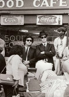 """Dan Aykroyd and John Belushi. The Blues Brothers. [Making the movie, """"The Blues Brothers""""] Saturday Night Live, Friday Nights, Blues Brothers 1980, Brothers Movie, Film Musical, Nostalgia, Foto Poster, I Love Cinema, My Kind Of Town"""
