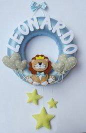 Ghirlanda Nascita Leoncino Kids Gifts, Baby Gifts, Felt Crafts, Diy And Crafts, Felt Banner, Baby Box, Baby Nursery Decor, Baby Boy Rooms, Diy Wreath